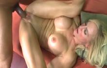 Hot mature slut receives BBC