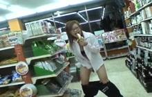 Horny Miruku Matsusaka in the store