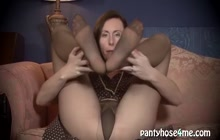 Redhead MILF jilling off in dark pantyhose